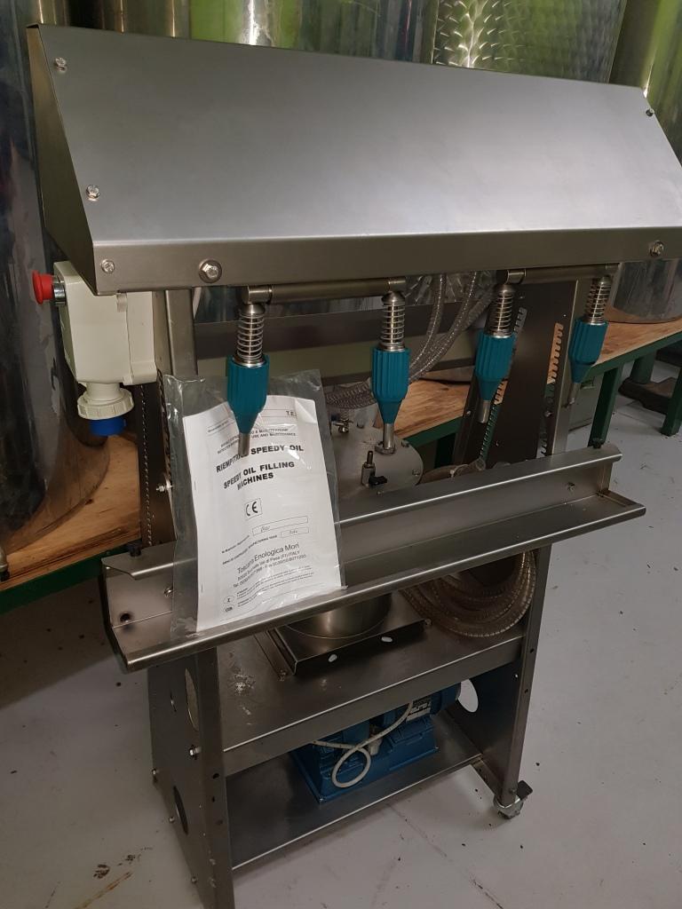 TEM Vacuum Filling Machine 4 valve
