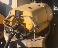 3000L Tornado Air Blast Orchard Sprayer Used